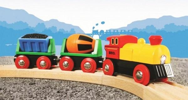 Mediniai traukiniai ir traukinių stalai