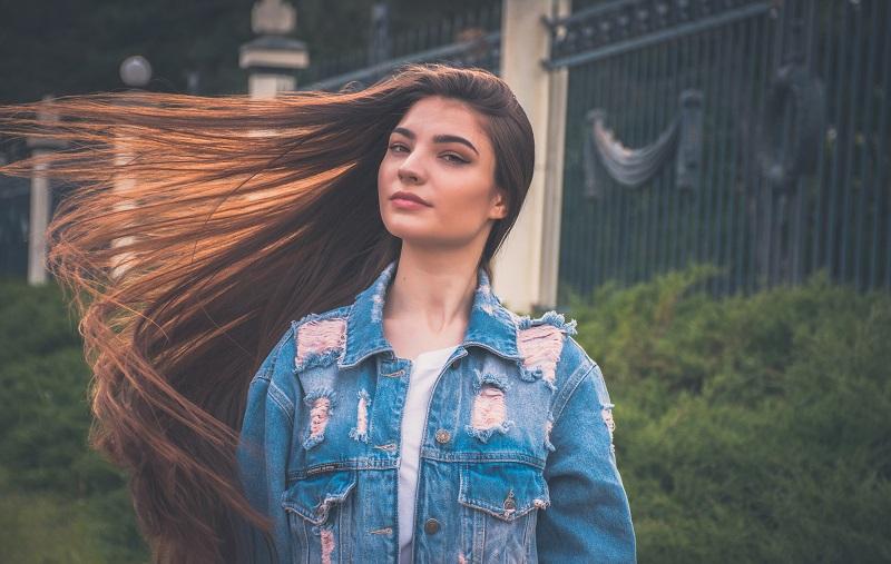 Priaugintais plaukais